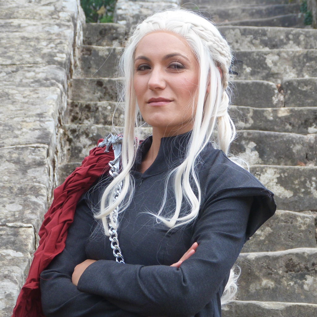 01 - Daenerys Wicked Cats Cosplay - Plan machiavélique